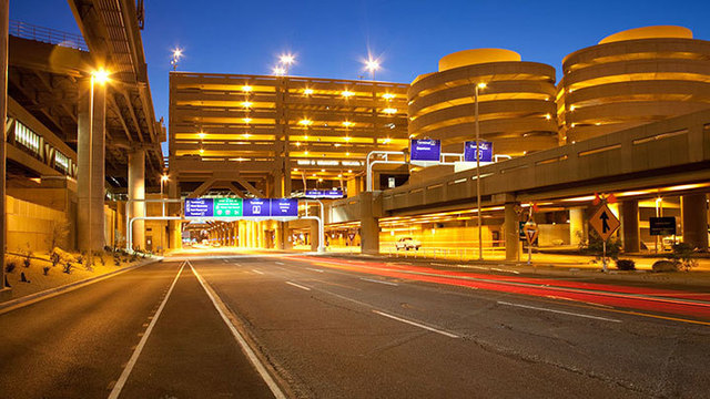 Phoenix Sky Harbor a 'Stress-Free' Airport